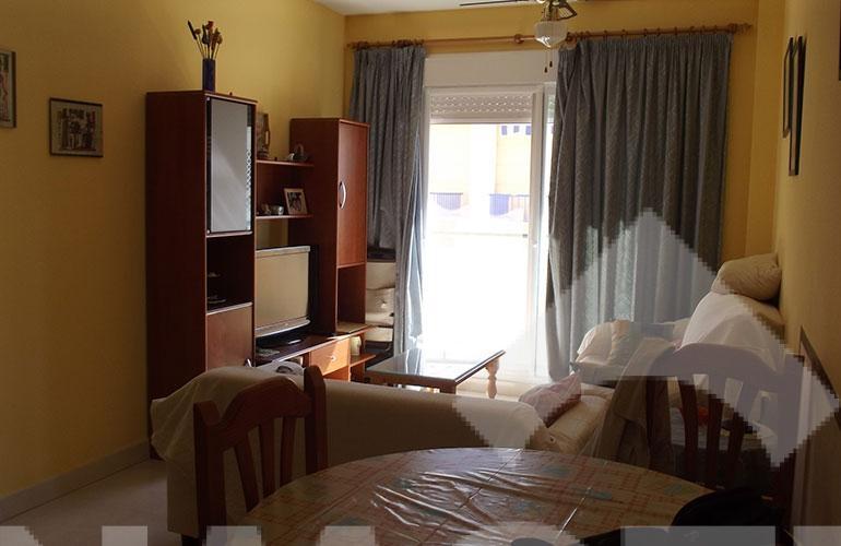 in013-interior01