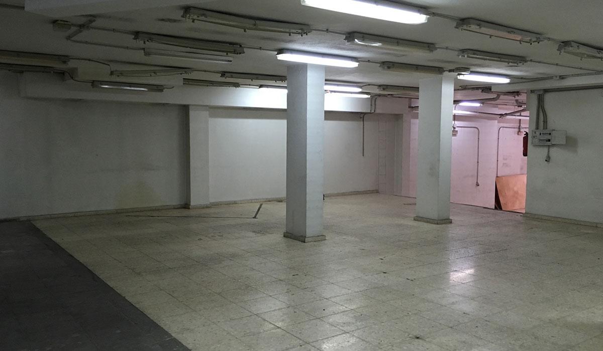 Local Comercial en alquiler. Sector Carlos Haya. Málaga.