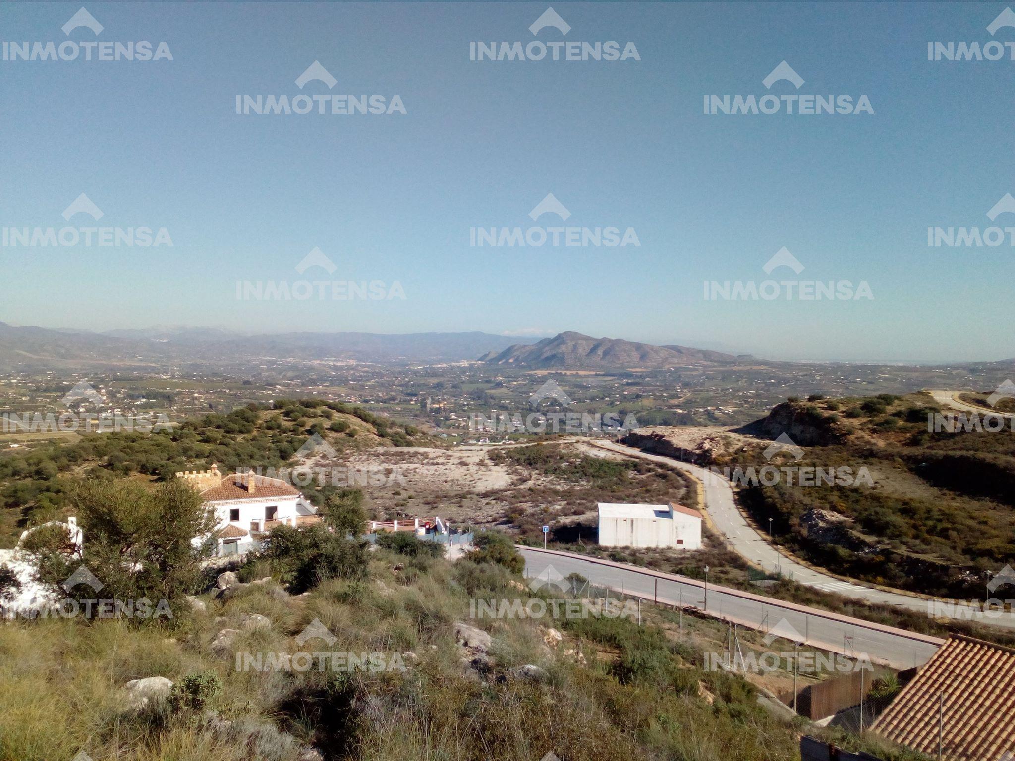 Parcela de 600 m2 en Sierra Gorda, Coín, Málaga