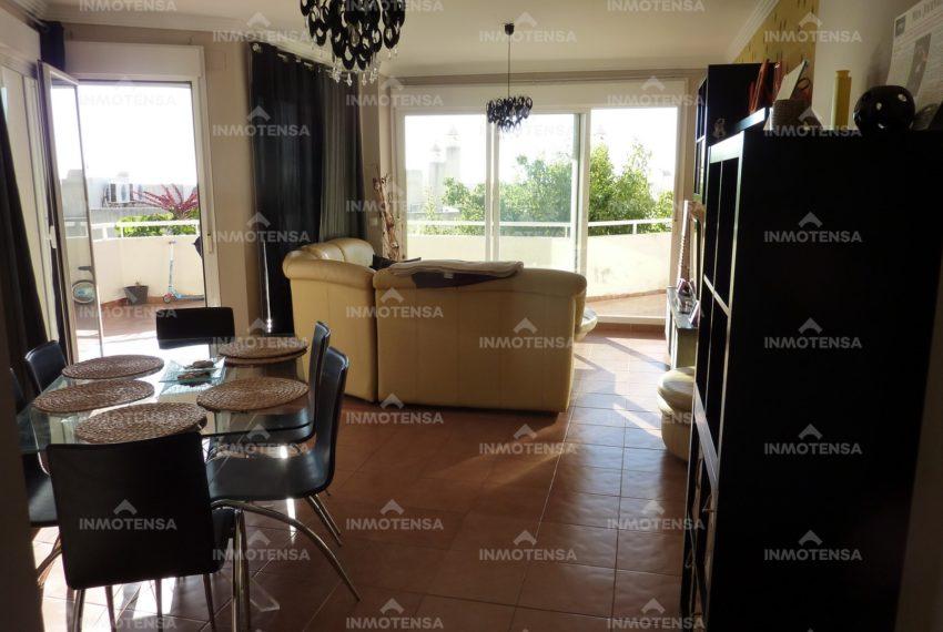 HOTA4318_22_Living room