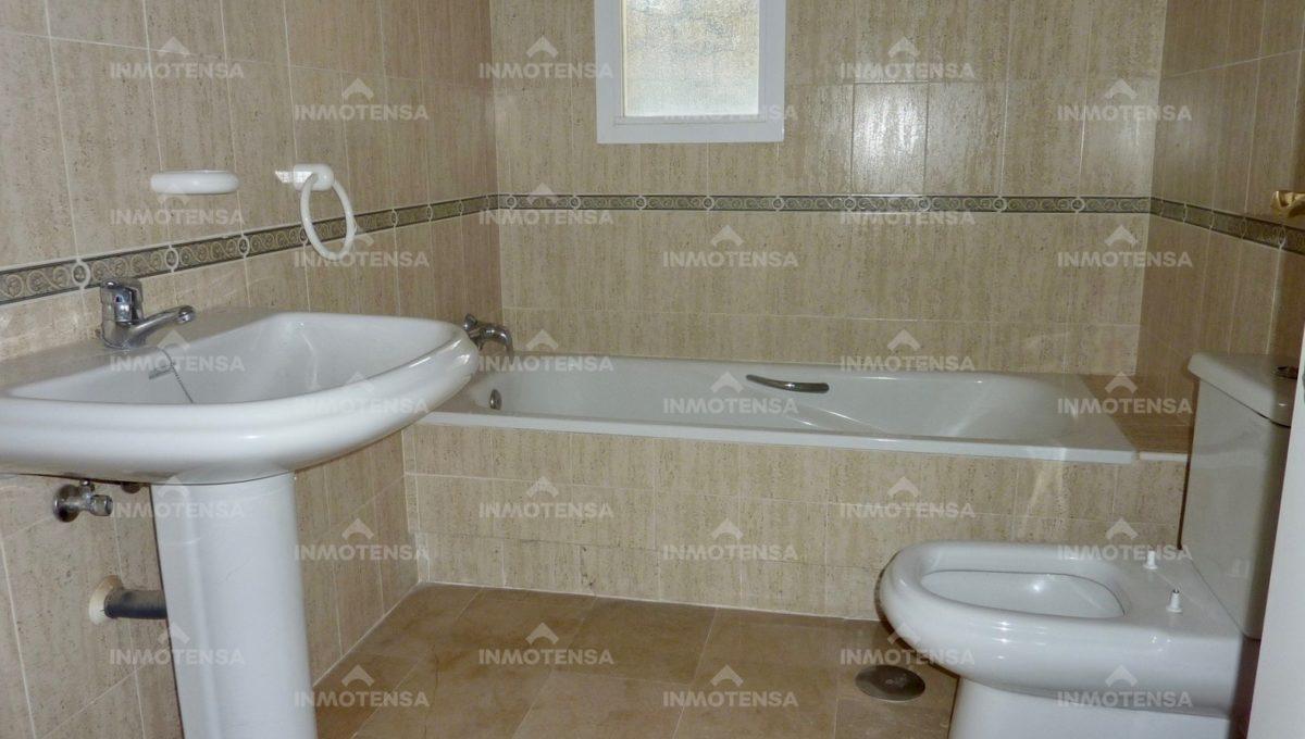 HOTA4354_14_bathroom 2