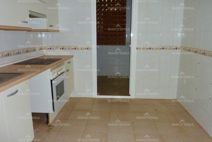 HOTA4354_6_kitchen