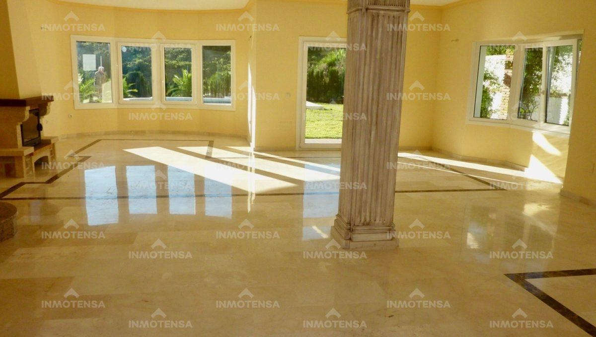 HOTV1357_3_living room_1