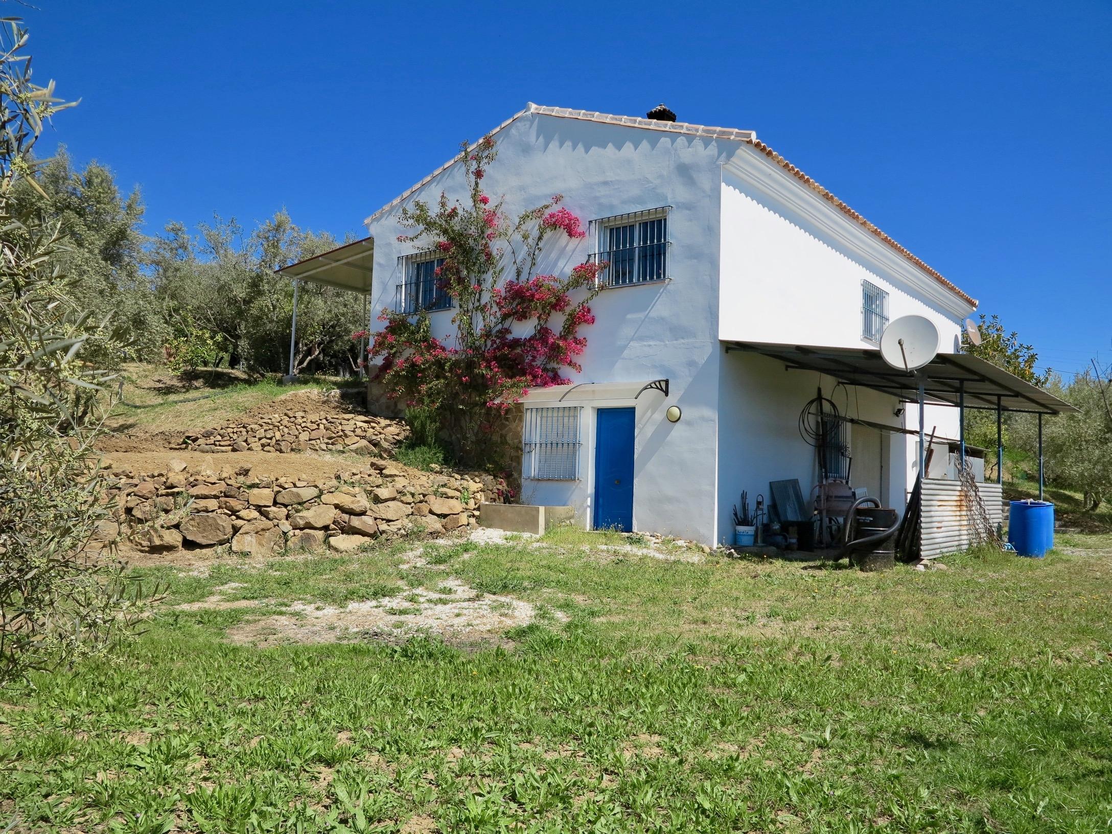 Casa de Campo y Finca en Rio Grande, Coín, Málaga