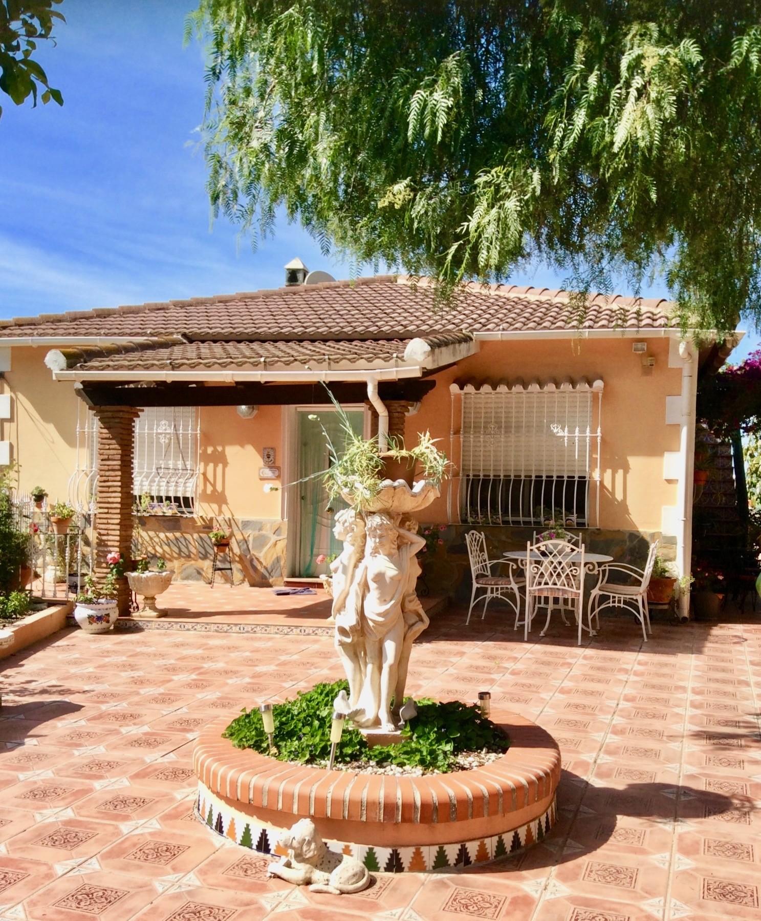 Finca con 2 Casas de campo, en Coín, valle Pereila.