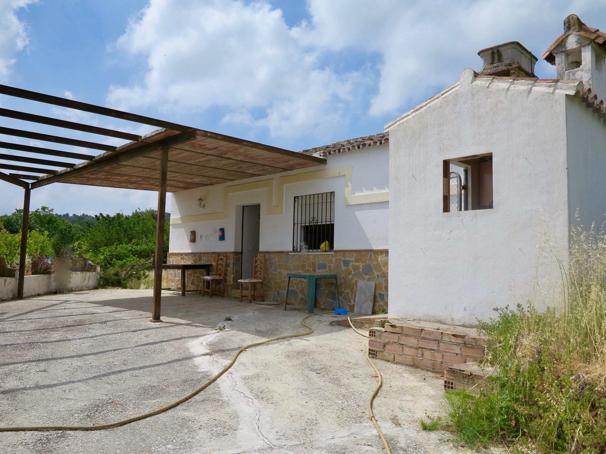 Casa en Huertas Viejas, Coín. Málaga (Parcela 4.500 M2)