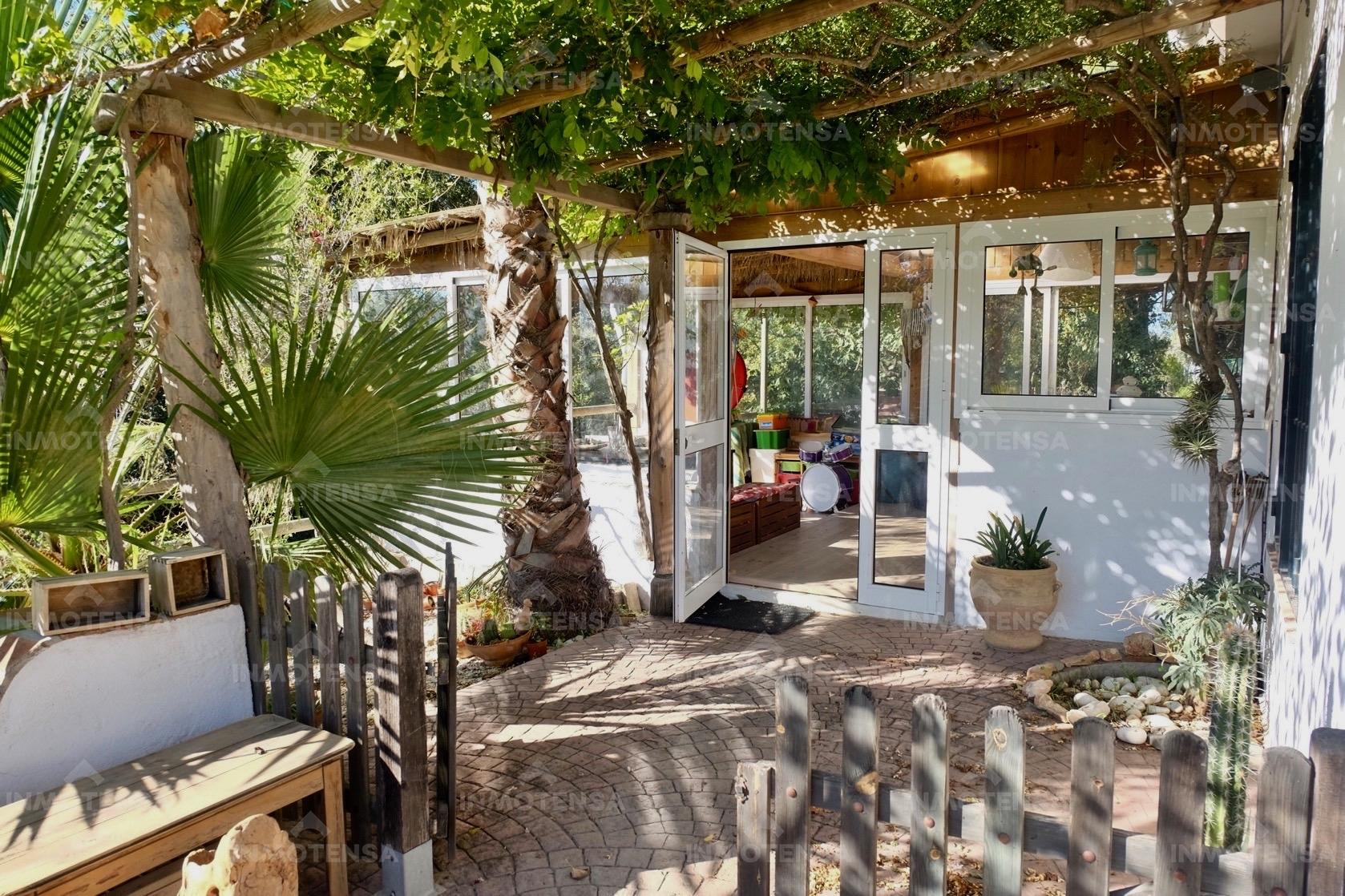 Finca y singular Casa de campo en Fahala, Cártama, Málaga