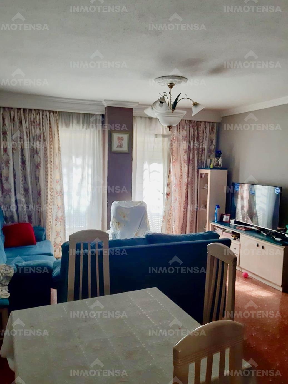 Vivienda de 3 dormitorios, garaje y trastero en Pinosol, sector La Victoria con Gibralfaro, Málaga.