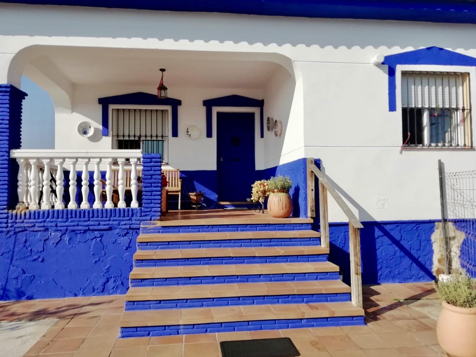 Casa de campo, vivienda anexa y parcela en Santa Agueda, Campanillas, Málaga